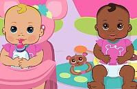 Schattige Baby's Verzorgen