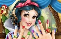 Branca De Neve: Nails