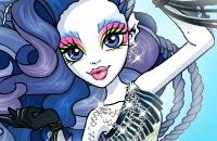 Sirena Von Boo Dress Up