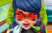 Héroe Milagroso Dentista Real