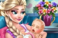 Elsa Congelada Cuidando El Nacimiento